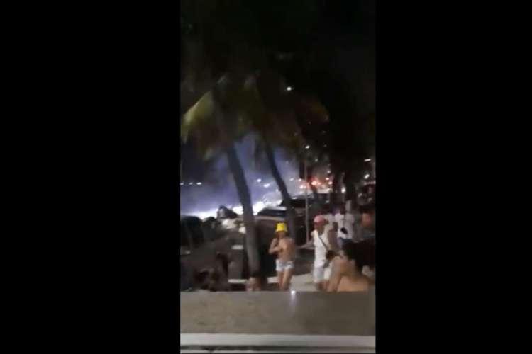Correria na Praia de Iracema foi registrada na noite deste domingo, 9 (Foto: Reprodução)