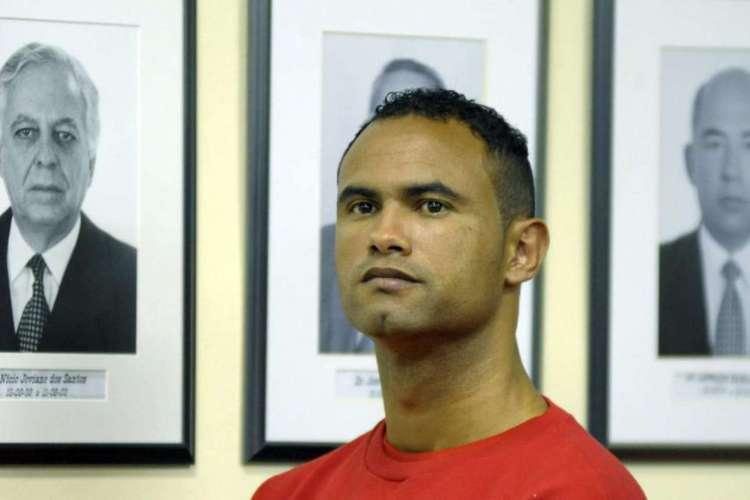 Goleiro Bruno, condenado pelo assassinato de Eliza Samudio, perde campeonato acreano para time da Polícia Militar  (Foto: AFP / GUALTER NAVES)
