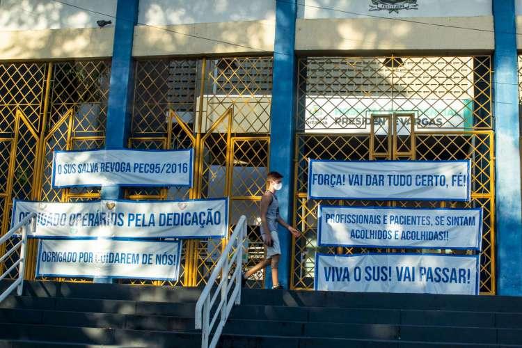 FORTALEZA, CE, BRASIL, 11.08.2020:  Desmontagem do Hospital de Campanha montado no Estádio Presidente Vargas (FCO FONTENELE/O POVO) (Foto: FCO FONTENELE)