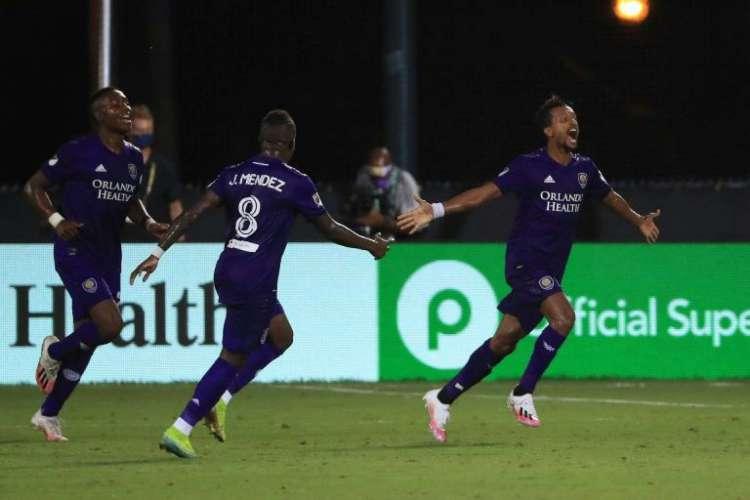 Orlando City está em busca do título nacional  (Foto: AFP)