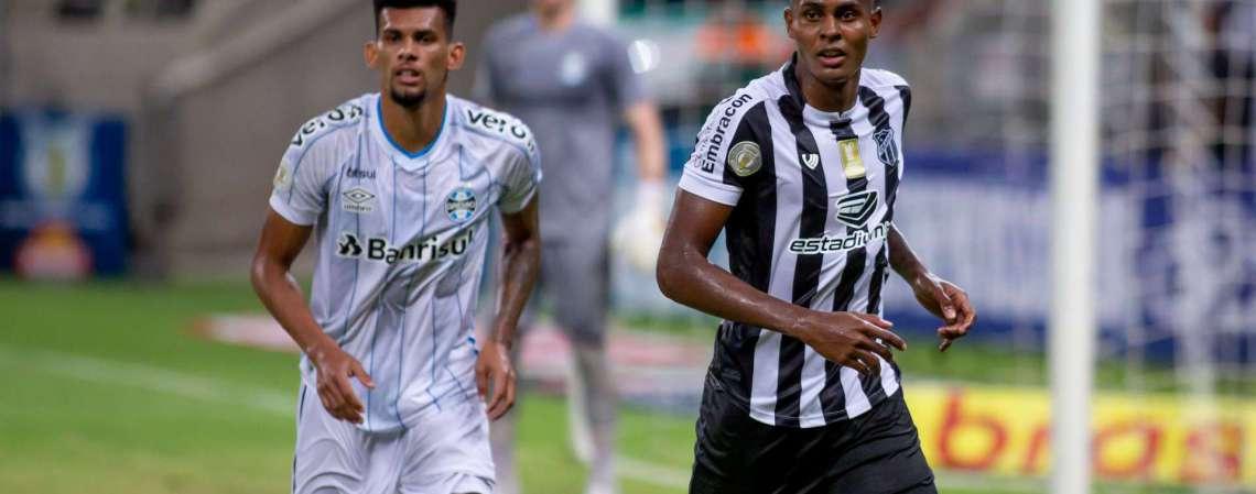 Cléber na partida diante do Grêmio, pelo Campeonato Brasileiro 2020 (Foto: Pedro Chaves/FCF)