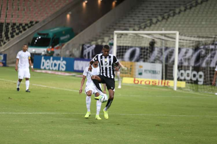 Ceará x Grêmio, na Arena Castelão, pelo Campeonato Brasileiro 2020 (Foto: Felipe Santos/cearasc.com)