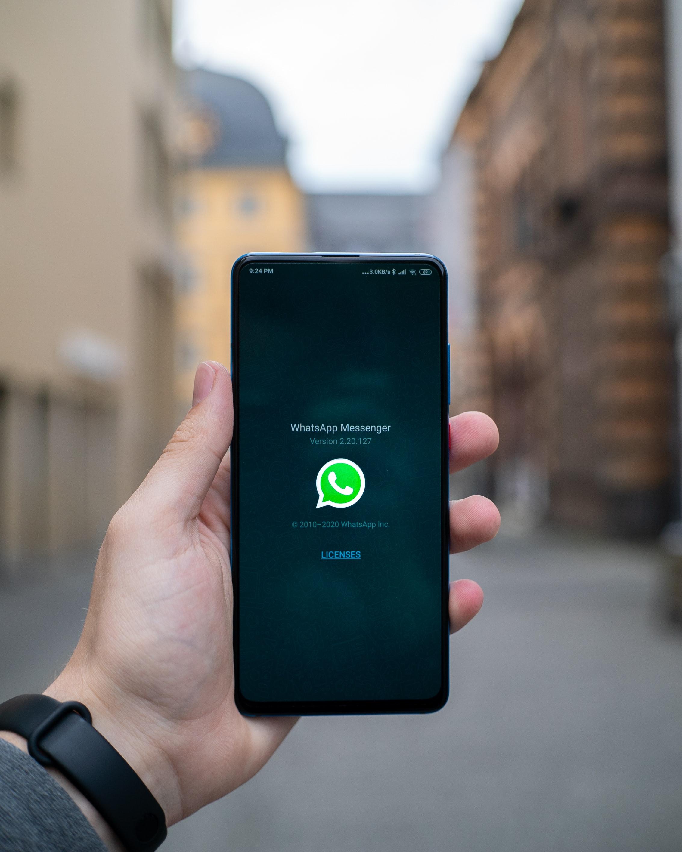 Em nossas vidas há alguns anos, o WhatsApp é o mensageiro eletrônico mais popular do mundo.