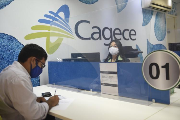 Lojas da Capital e Região Metropolitana retomaram atendimento presencial nesta segunda-feira. (Foto: Divulgação/Cagece)