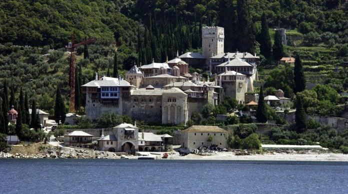 Monte Athos, na Grécia, também é conhecido como a Montanha Sagrada, sede da Igreja Ortodoxa grega