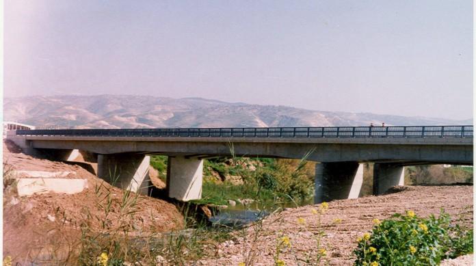 Ponte Sheik Hussein é uma das passagens entre Israel e Jordânia, um dos poucos países da região com quem os israelenses têm acordo de paz