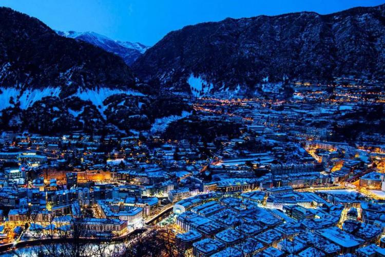 Andorra, além de conhecida pelos baixos impostos, também é famosa pelas estações de esqui (Foto: Reprodução)