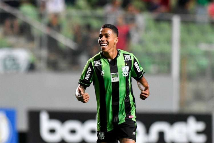 Matheusinho, atacante do América-MG, é alvo de interesse do Ceará (Foto: Mourão Panda/América-MG)