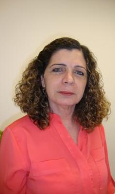Zenilda Vieira Bruno é professora titular da UFC e atua principalmente com adolescência, gravidez, anticoncepção, cirurgia ginecológica e sexualidade