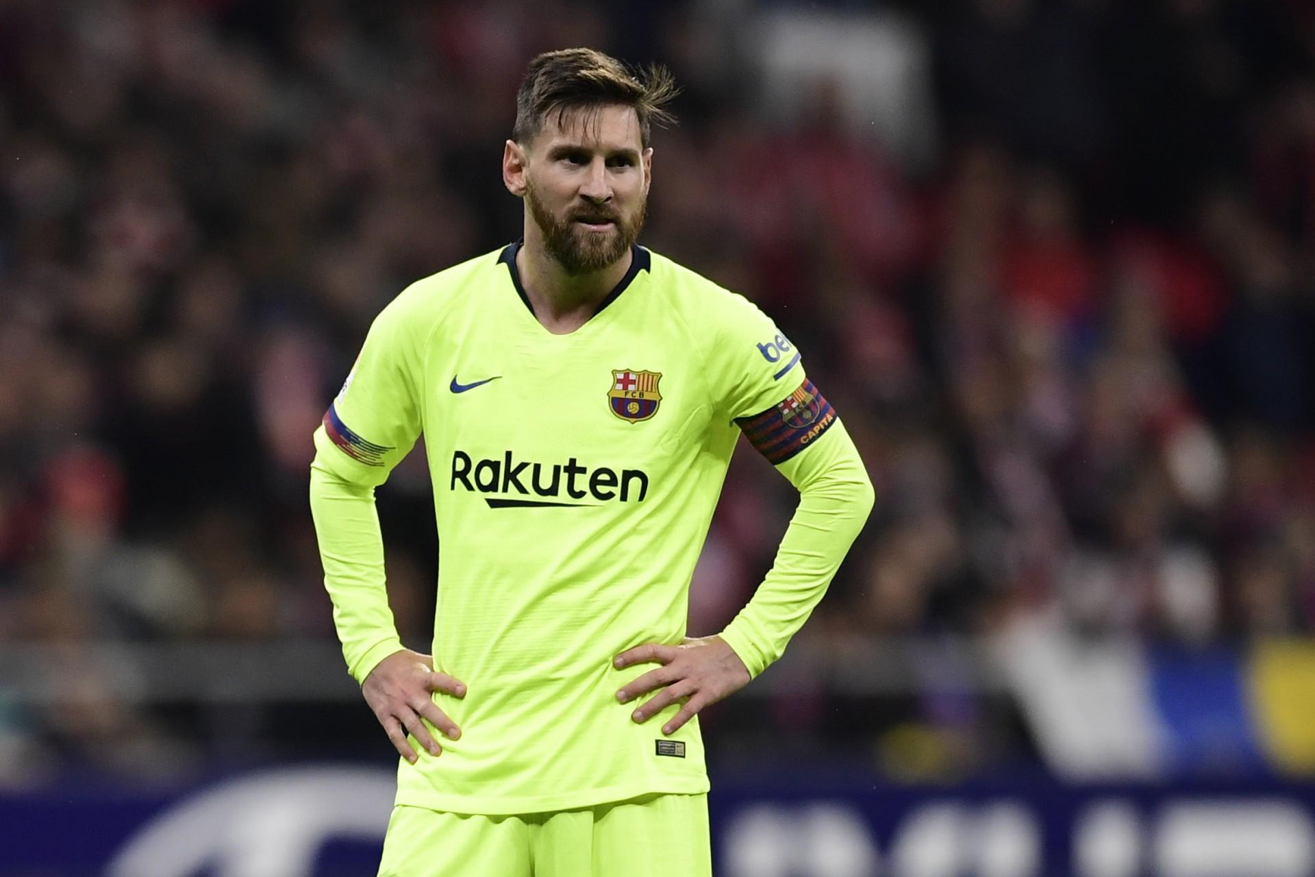Messi comunicou ao Barcelona que deseja deixar o clube