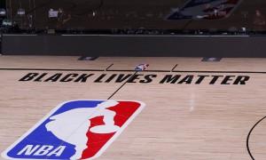 Do passado ao presente: um breve histórico da luta contra o racismo na NBA