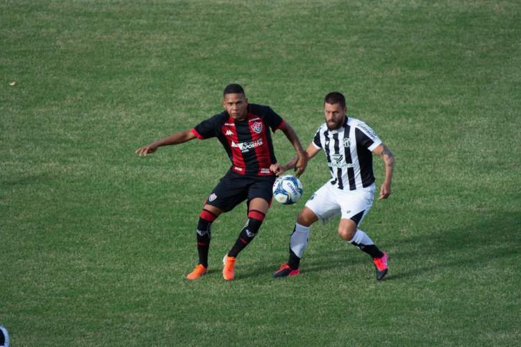 Vitória e Ceará fazem duelo nordestino pela Copa do Brasil (Foto: PietroCarpi)