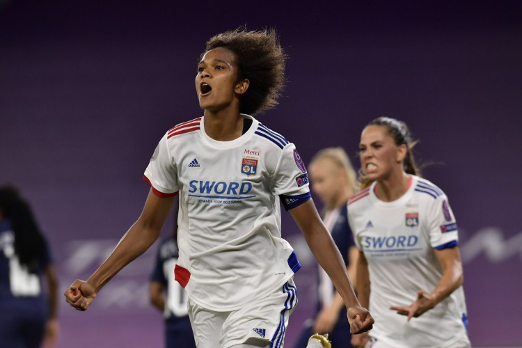 Zagueira Renard fez o único gol da partida entre Lyon e PSG (Foto: UWCL/ Twitter)