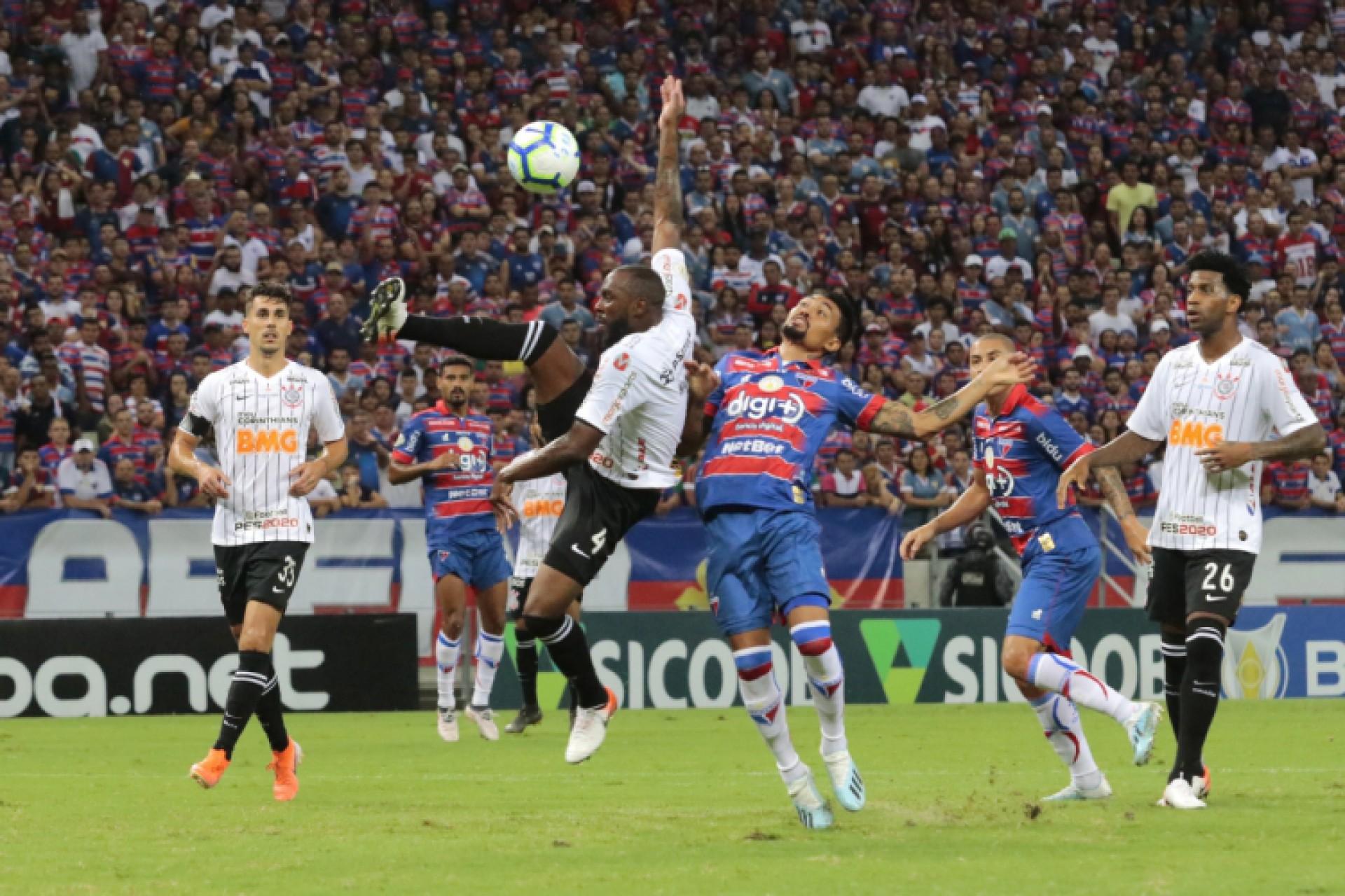 Corinthians X Fortaleza Pelo Brasileirao Onde Assistir A Transmissao Ao Vivo Do Jogo De Hoje Futebol Esportes O Povo