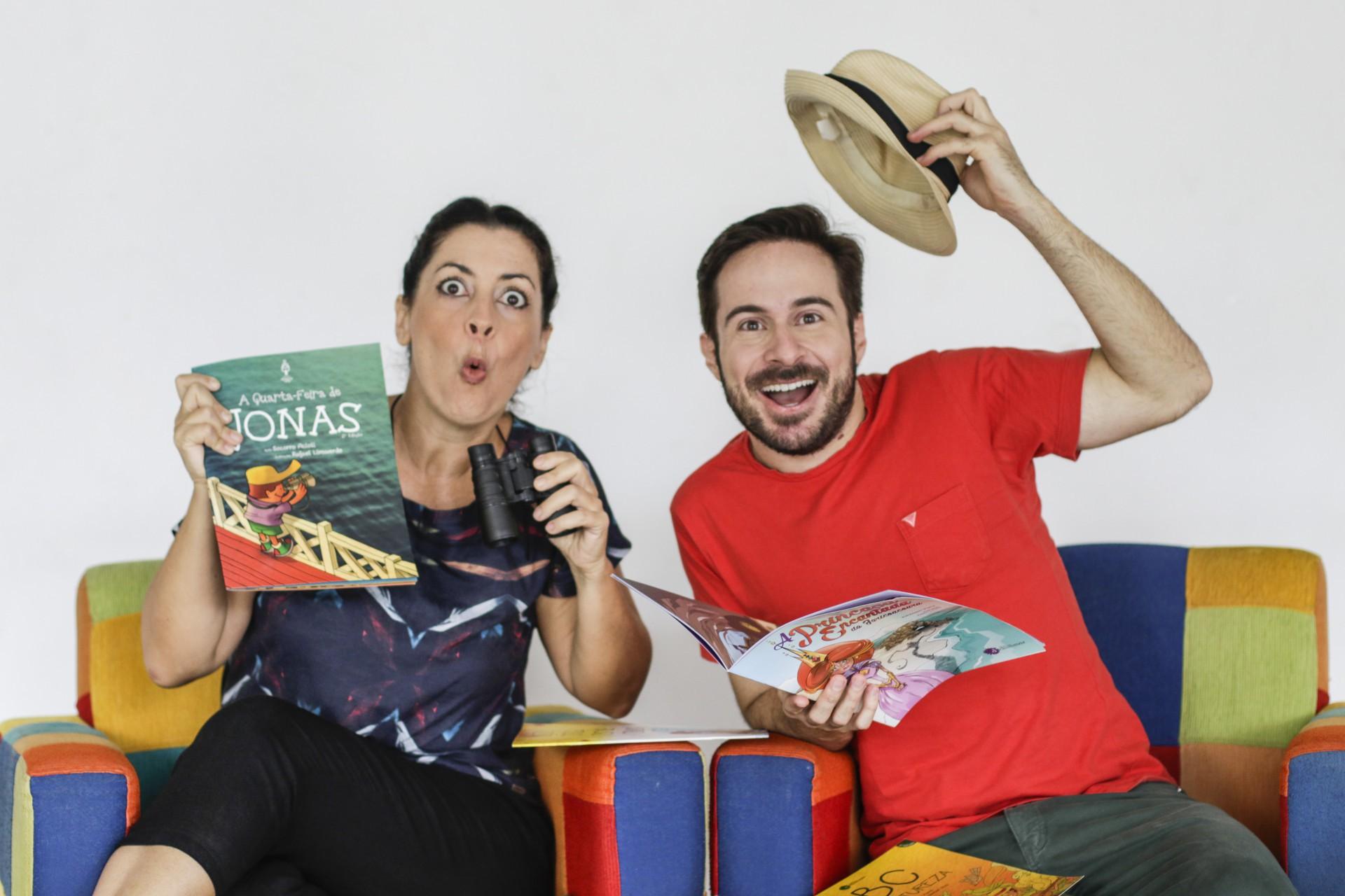 FORTALEZA, CE, BRASIL, 26.08.2020: Tatiana Conde, contadora de histórias que vai participar do Palco Vida&Arte  (Foto: Thais Mesquita/O POVO)