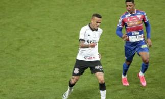 Corinthians e Fortaleza empatam e seguem na parte de baixo da Série A