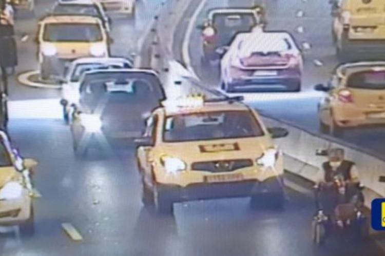 Na região, tanto pedestres quanto scooters são proibidas de trafegarem em túneis.