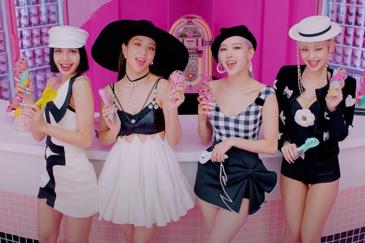 Grupo de K-pop BLACKPINK lançou nesta sexta-feira o single