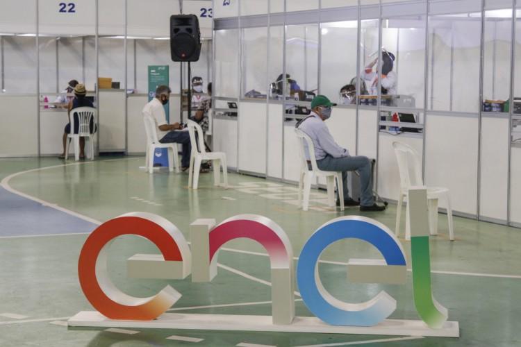 Atendimento presencial está ocorrendo, mas Enel reforça a importância do uso das plataformas digitais (Foto: Thais Mesquita)