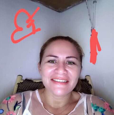 Vítima foi morta a facadas pelo ex-companheiro  (Foto: via WhatsApp O POVO )