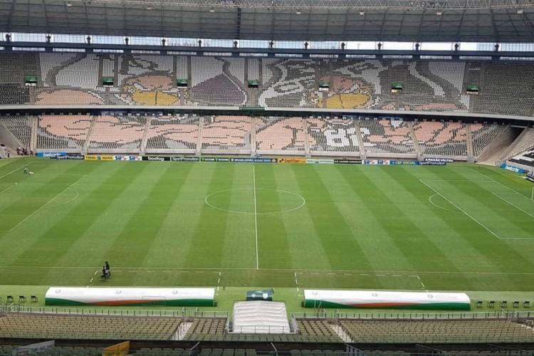 Mosaico do Vovô na Arena Castelão (Foto: Reprodução/Instagram/Torcida Cearamor)