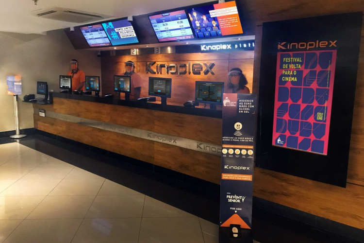 Cinemas devem operar com até 35% da capacidade e salas serão higienizadas entre as sessões (Foto: divulgação)