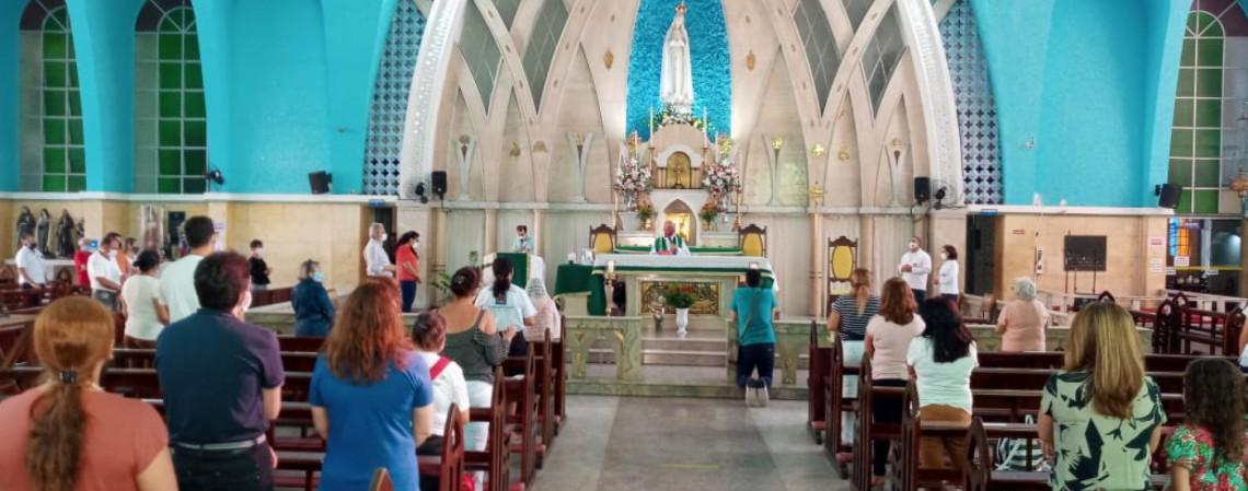Paróquia Santa Luzia, no bairro Meireles, em Fortaleza