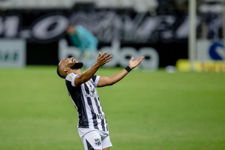 Samuel Xavier não faz mais parte do elenco do Ceará, divulgou a assessoria do clube (Foto: Aurelio Alves/ O POVO)