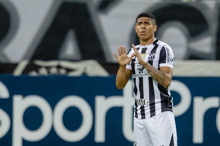 Após retomada do futebol, Bergson marcou três gols saindo do banco pelo Alvinegro  (Foto: Aurelio Alves)
