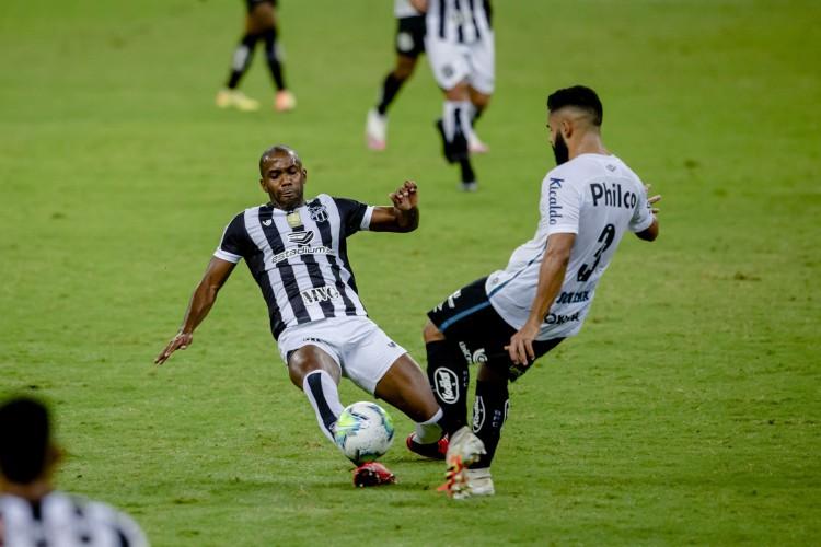 Ceará x Santos se enfrentaram no dia 26 de agosto, pela oitava rodada do Campeonato Brasileiro da Série A (Foto: Aurelio Alves/ O POVO)