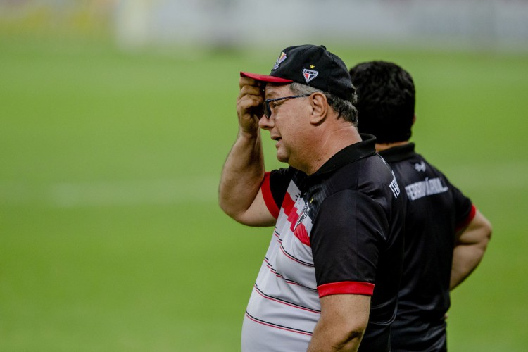 Marcelo Vilar reclamou ainda das chances de ampliar desperdiçadas (Foto: Aurélio Alves)