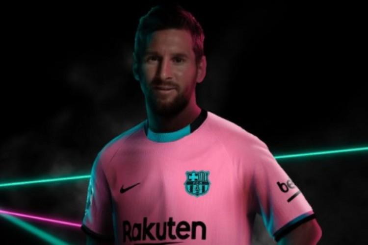 Messi tentou deixar o Barcelona recentemente, mas acabou ficando no time catalão  (Foto: Divulgação/Barcelona )