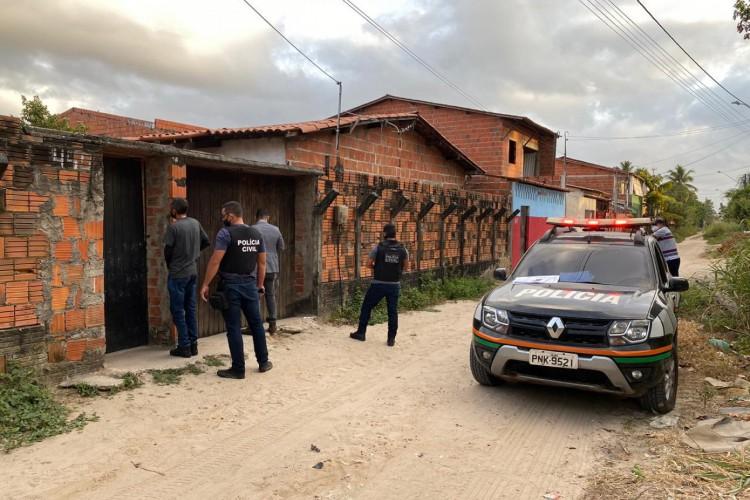 Sete mandados de prisão, 17 de busca e apreensão e outros dois de afastamento da função pública foram cumpridos no último dia 16 de agosto com apoio da Polícia Civil (Foto: Divulgação/MPCE)