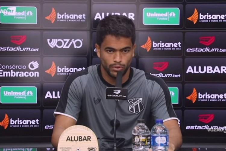 Felipe Silva pode jogar na partida contra o Internacional (Foto: Reprodução / Vozão TV)