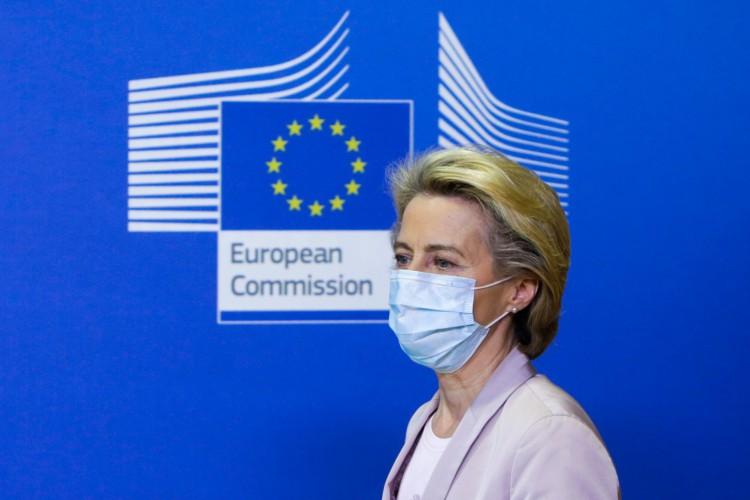 Ursula Von der Leyen, presidente da Comissão, afirmou em uma nota que