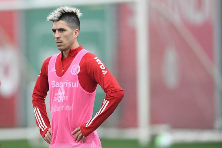 Leandro Fernandéz já está apto a jogar  (Foto: Divulgação/SC Internacional)