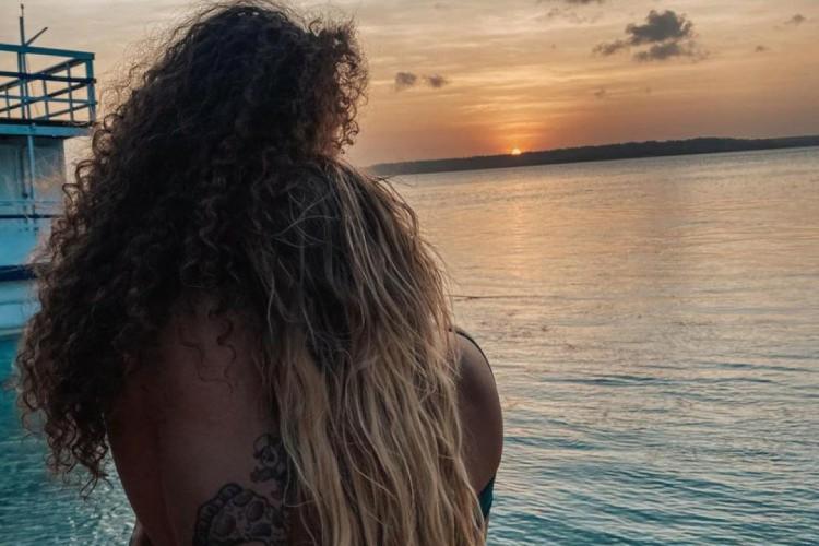 Luisa Sonza e Vitão assumem relacionamento com publicação em tom romântico no Instagram. (Foto:  Reprodução/Instagram)
