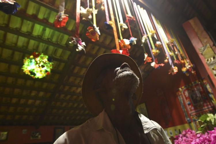 São Jorge (GO) - O Encontro de Culturas Tradicionais da Chapada dos Veadeiros, que começou no último fim de semana termina no domingo (28), tem uma agenda política reivindicada pelos povos tradicionais. Está previsto na programação, o 2º Encontro de Lideranças Quilombolas de Goiás (GO) (Foto: Marcello Casal JrAgência Brasil)