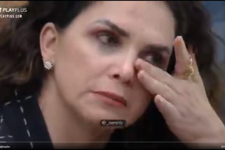 A peoa disse estar se sentindo muito humilhada pelo comentário de Juliano (Foto: Reprodução/Twitter)