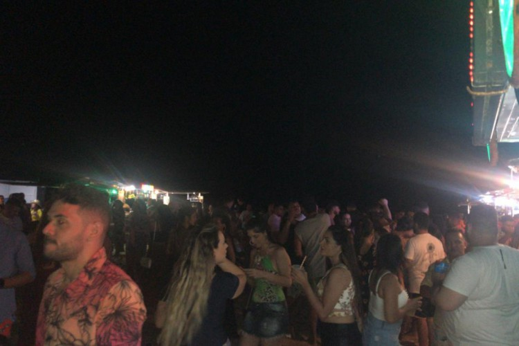 Uma semana depois, Jericoacoara registra novamente aglomerações (Foto: WhatsApp O POVO)