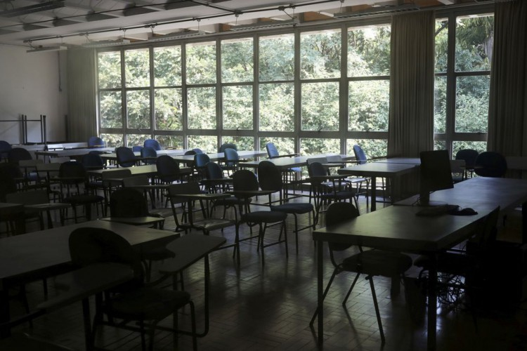 Sala de aula vazia (Foto: REUTERS/Amanda Perobelli/Direitos Reservados)