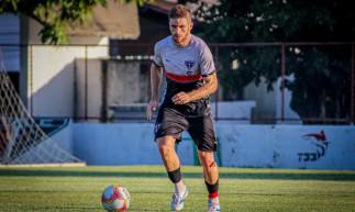 Diego Lorenzi participou de todos os jogos do Ferroviário nesta Série C 2020