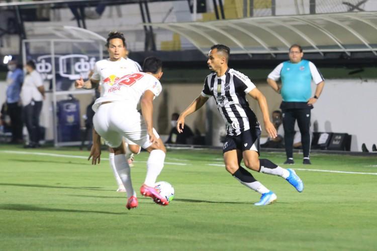 Ceará foi derrotado por 4 a 2, jogando em Bragança Paulista (SP) contra o Bragantino (Foto: Israel Simonton/CearaSC)