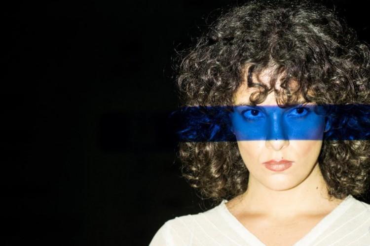 Acompanhe a agenda de transmissões ao vivo online - live - de artistas nacionais e internacionais para hoje, terça-feira, 22 de setembro (22/09); cantora Céu é uma das atrações de hoje (Foto: Reprodução/Instagram)