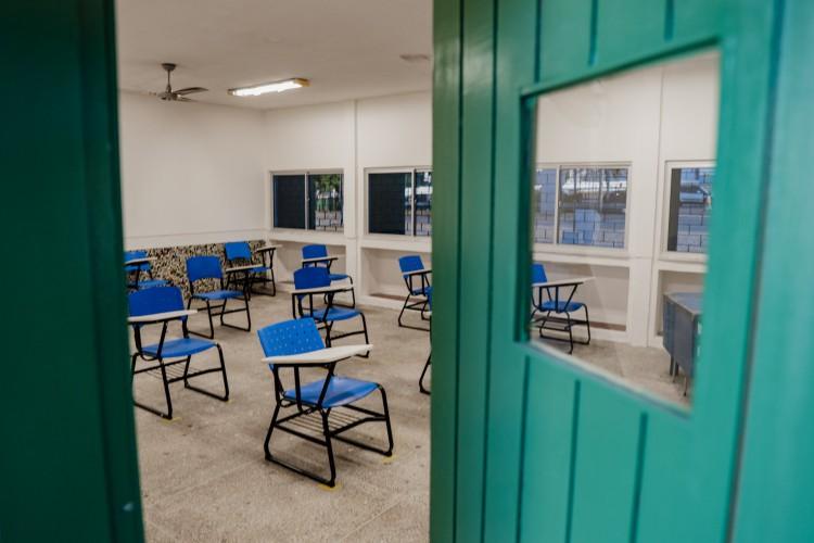 No Ceará, só estão permitidas aulas até o 9º ano do ensino fundamental  (Foto: Júlio Caesar / O Povo) (Foto: JÚLIO CAESAR)