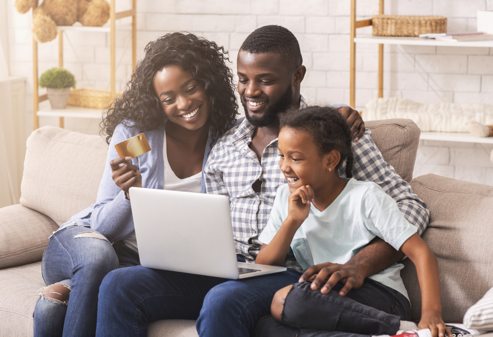 Plataforma RioMar Online é uma forma de trazer praticidade para vida do cliente com a venda online