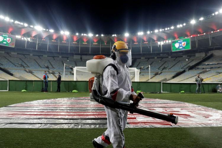 CBF marca reunião para tratar de retorno de público a estádios (Foto: )