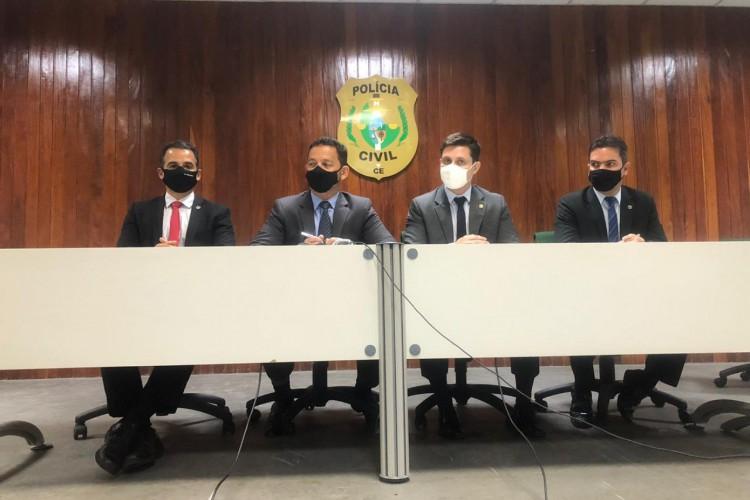 Em coletiva, Polícia Civil apresentou os trabalhos de investigação na Operação Mocassim. Foto: Angélica Feitosa/O POVO (Foto: Foto: Angélica Feitosa/O POVO)