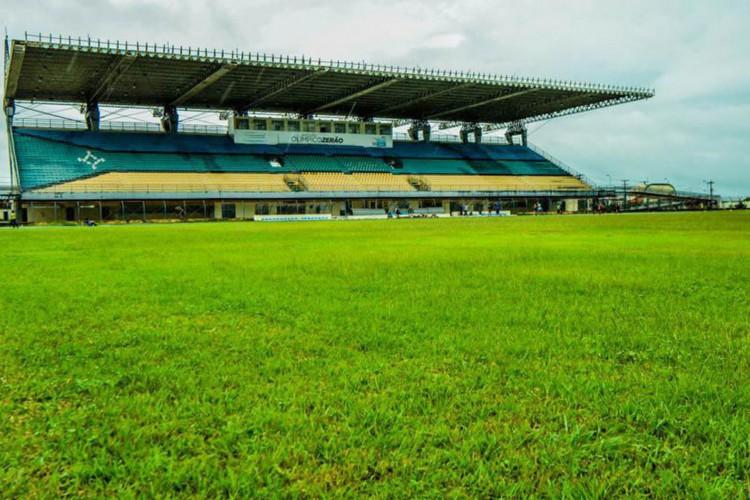 Santana e Ypiranga começam nesta quarta decisão do título amapaense (Foto: )