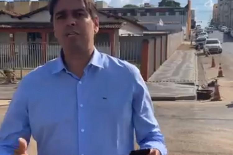 Cássio Remis, que seria candidato a vereador, durante live com críticas ao prefeito (Foto: REPRODUÇÃO/FACEBOOK)